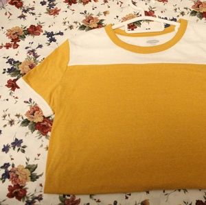 colour block tshirt🌼$3 add-on